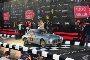 david-reidies-mike-roddy-maintained-fiat-8v-zagato-at-the-start-of-the-mille-miglia