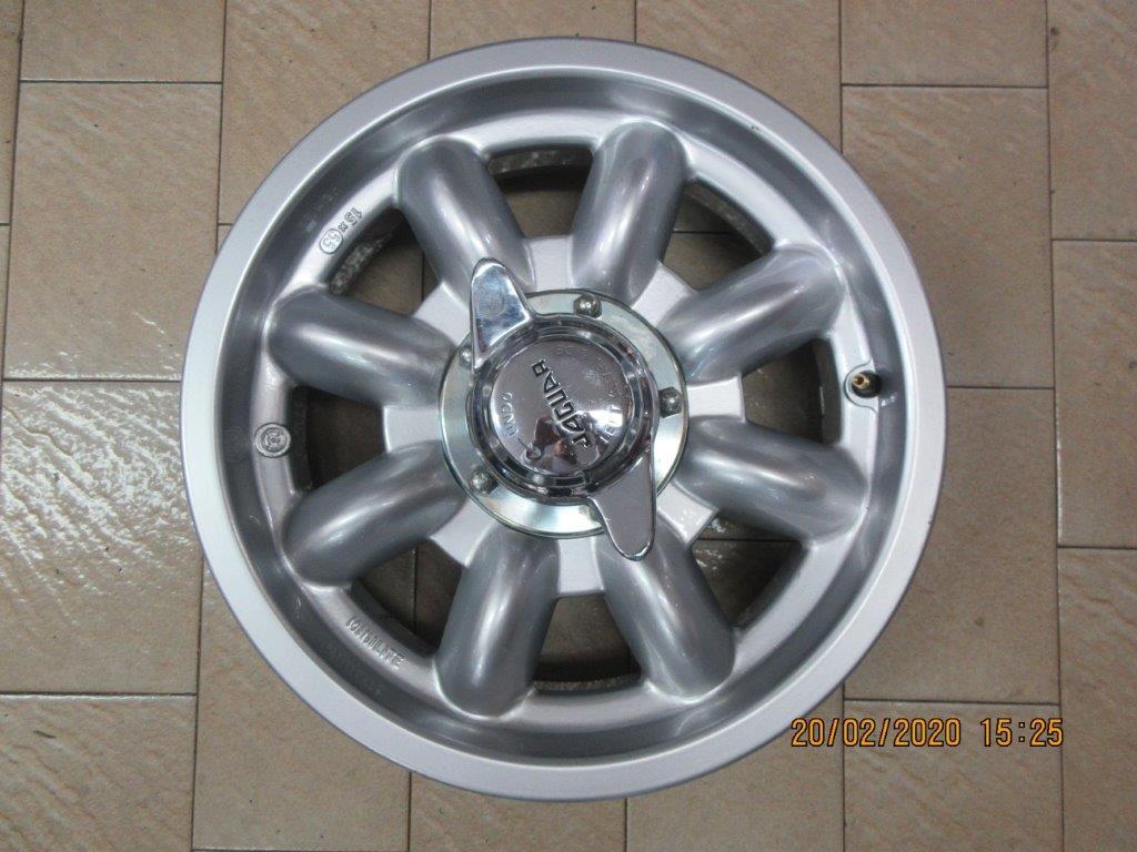 FOR SALE Genuine English Mini lite Splined Hub Mag wheel