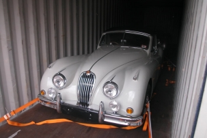 XK14 DHC To The UK