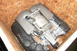 4.2 Litre AJV8 Rebuilt