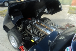 competition-specification-e-type-4-2-engine_2